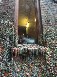 seattle-usa-chewing-gum-wall-6